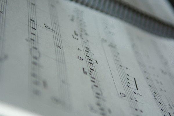 Las plicas ayudan a mostrar la duración de tiempo en que una nota debe ser tocada.