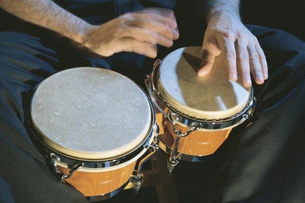 El bongo más grande se llama la hembra. El más chico el macho.