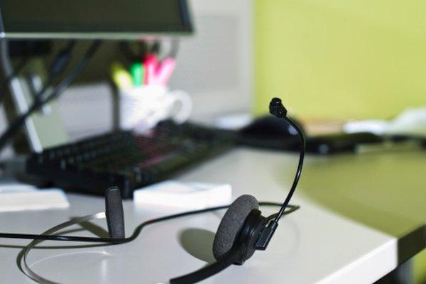 Algunas pruebas se pueden administrar en un ordenador, mientras que otras se califican a mano o a máquina.