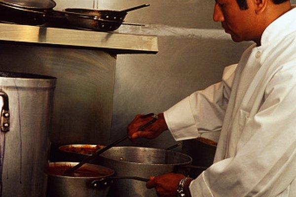 El gas natural se utiliza mucho como combustible en las cocinas.