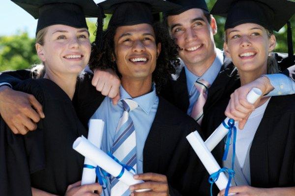 El graduarse con honores puede abrirle las puertas a los estudiantes.