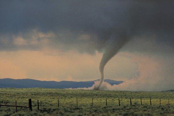 Los tornados son tormentas extremadamente violentas.