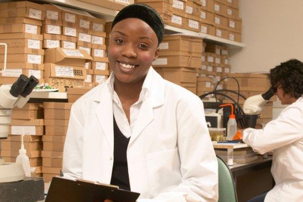 El formato APA proporciona una guía a los científicos para publicar sus descubrimientos de búsqueda.