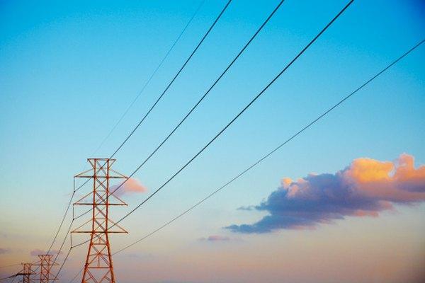 Las líneas de corriente suelen tener transformadores conectados.
