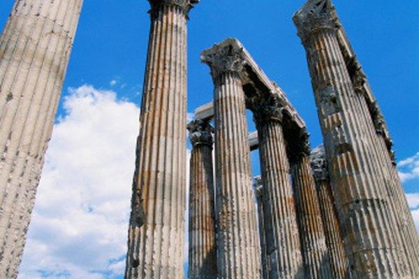 Zeus, honrado en estas ruinas, sería un buen tema de discurso.