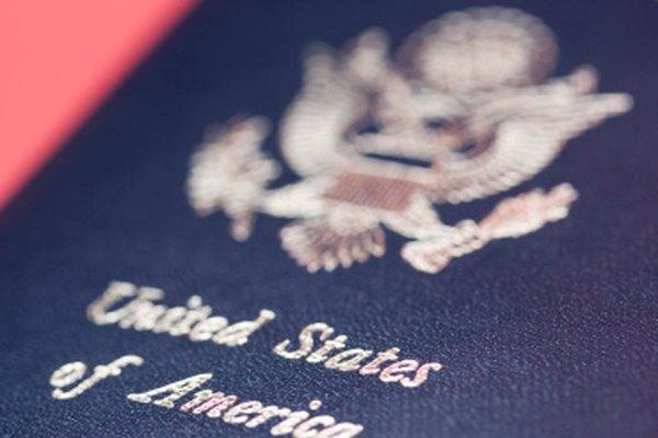 Cartas de autorización son requeridas de los solicitantes para permitir que otros se encarguen de sus pasaportes.