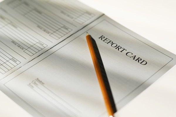 Los sistemas de calificaciones se utilizan para completar boletines de reporte para los estudiantes.