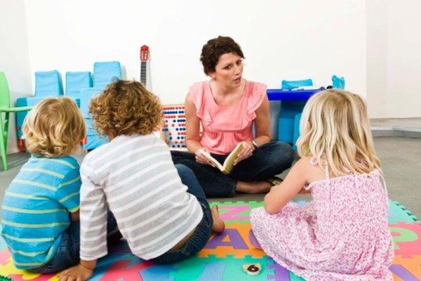 Maestros de todos los niveles ayudan a sus estudiantes a desarrollarse intelectual y moralmente.