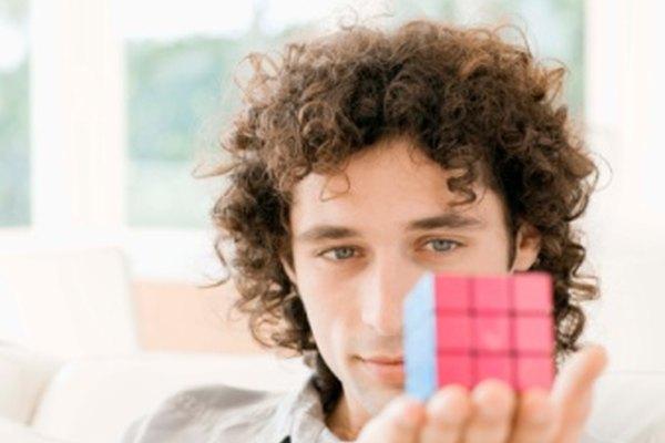 No puedes mover los centros del cubo de Rubik desde su orientación.