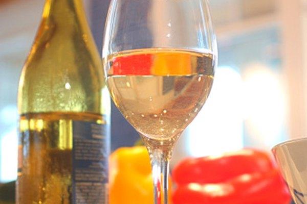 El vino blanco puede ser muy aromático y se le presta mucha atención al aroma.