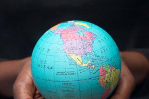 Los geoids y elipsoides son utilizados para crear modelos de la Tierra.