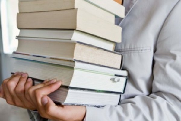 Todas las novelas están estructuradas en torno a temas específicos.