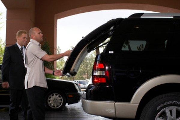 El portón trasero del Jeep Liberty cuenta con una ventana levadiza