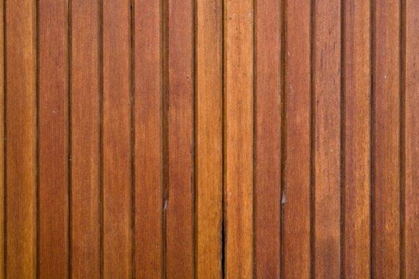 El poliuretano puede usarse sobre la madera.