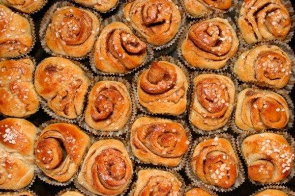 Encuentra pasteles que se presenten en porciones individuales.