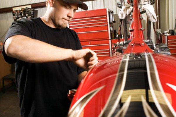 Los guardabarros para motocicleta, con un diseño elegante, pueden ser más atractivo que aquellos sencillos.