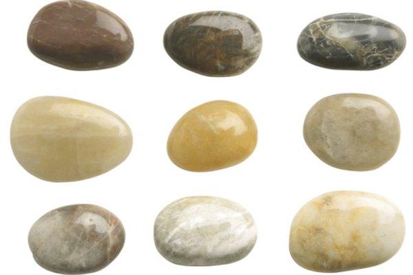 El color de las rocas usualmente es resaltado con tintes.