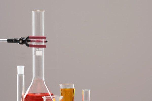 Aprende los principios de preparación de reactivos para el laboratorio.
