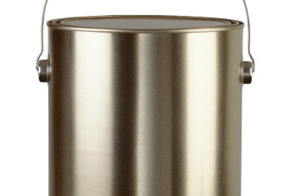 Una lata de pintura de un galón o un cuarto (4 l o 1 l) puede ser un recipiente resistente para tu cápsula.