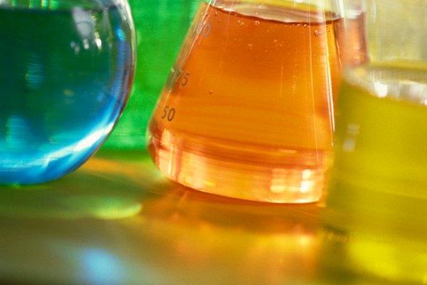 Las soluciones ácidas comparten características comunes.
