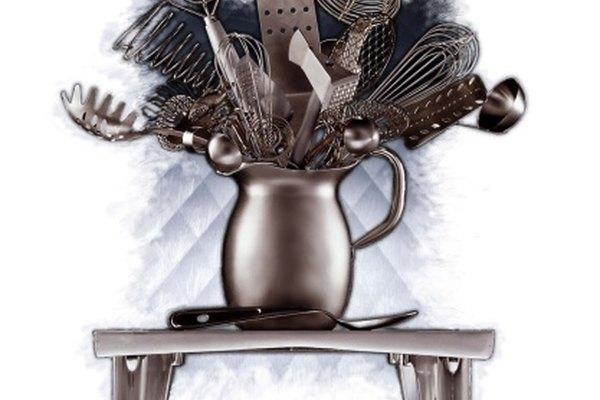 Los utensilios de cocina suelen estar hechos de acero inoxidable.