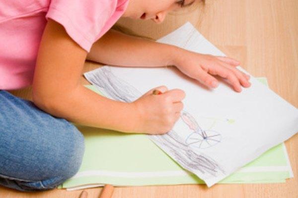 Los lápices son un buen medio para los niños.