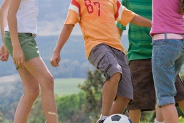 Los juegos recreativos mantienen a los eniños activos y entretenidos.