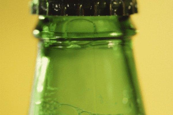 Mantén tus bebidas refrescantes con una nevera casera para bebidas.