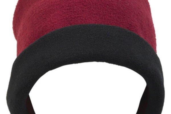 El polar se utiliza para hacer ropa de exterior porque aísla el cuerpo.