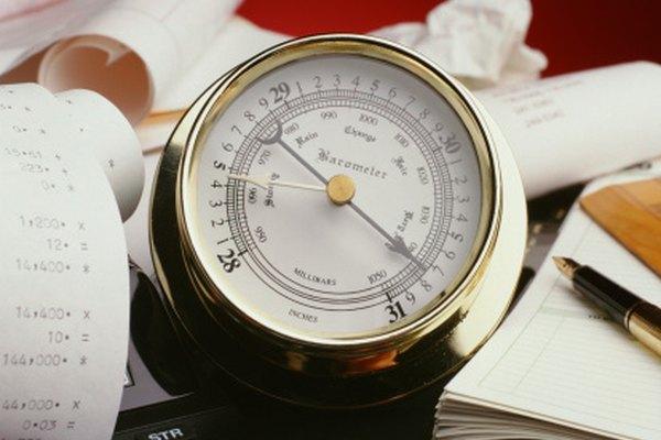 Recuerda convertir la presión a atmósferas (atm), de ser necesario.