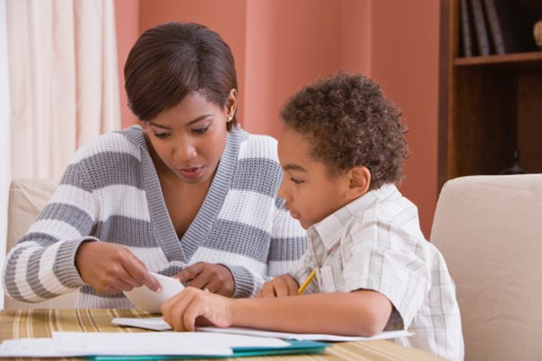 Los programas Orton-Gillingham ofrecen a los educadores en casa un enfoque integral para enseñar a leer.