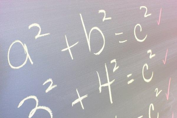 Muchas ecuaciones algebraicas contiene exponentes.