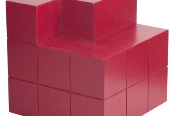 Como un cubo, las secuencias cúbicas dependen de las potencias de 3 para la mayor parte de su crecimiento.