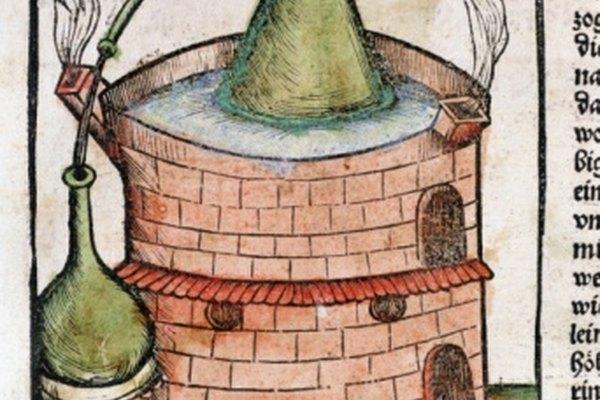 La destilación se ha utilizado por miles de años.