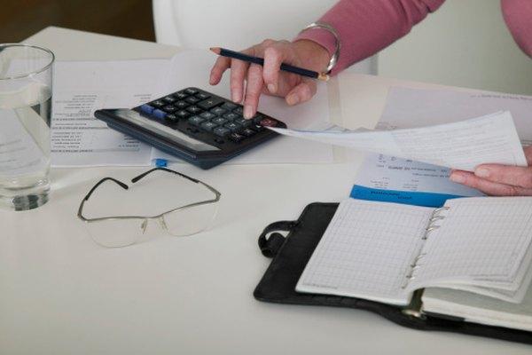 Usa una calculadora para hacer las ecuaciones necesarias para interpolar las tasas de interés.