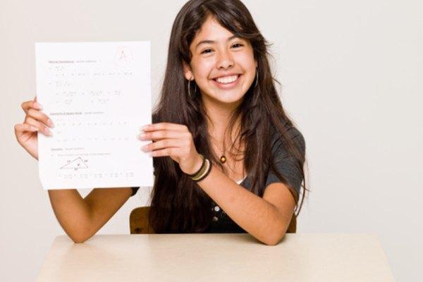 Tanto las evaluaciones como las pruebas, permiten saber lo que un alumno sabe.