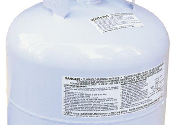 A medida que el propano se vaporiza, enfría las paredes de los vasos que lo contienen incluyendo tanques y reguladores.