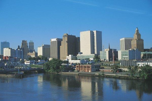 El pulso urbano de Newark ha hecho un centro de actividad para turismo y comercio.