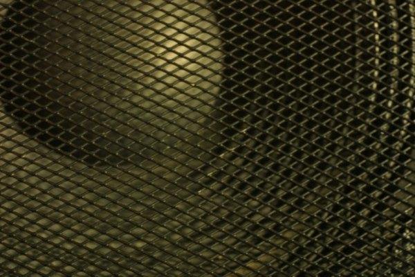Los altavoces de subgraves requieren un amplificador para reproducir sonidos.