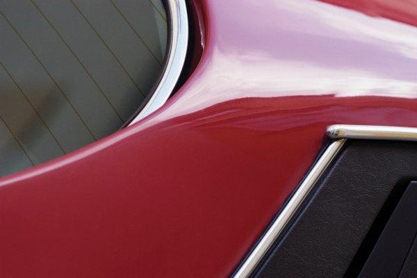 Aprende a restaurar la pintura de tu auto.