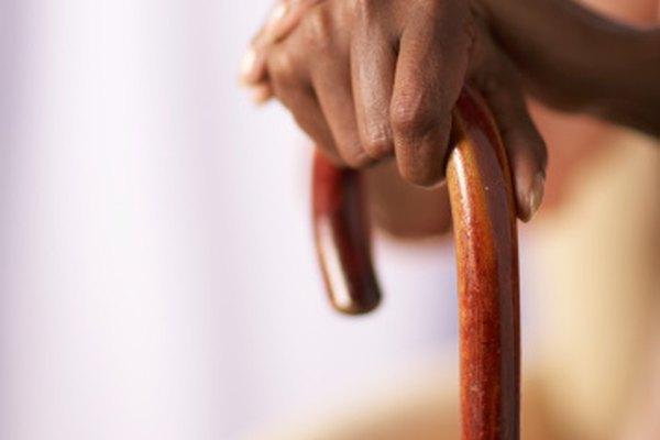 Los bastones se pueden hacer exitosamente con diferentes tipos de madera.