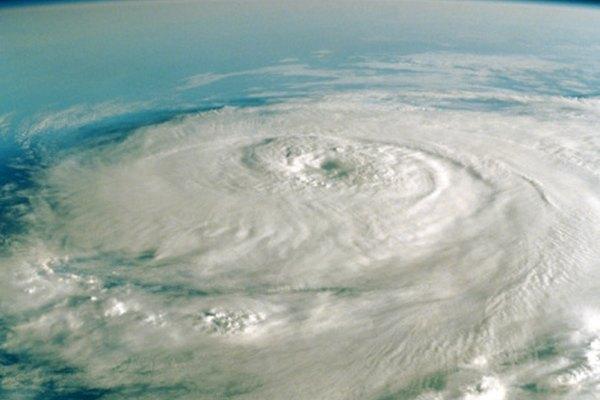 Los huracanes son las tormentas más grandes del mundo.