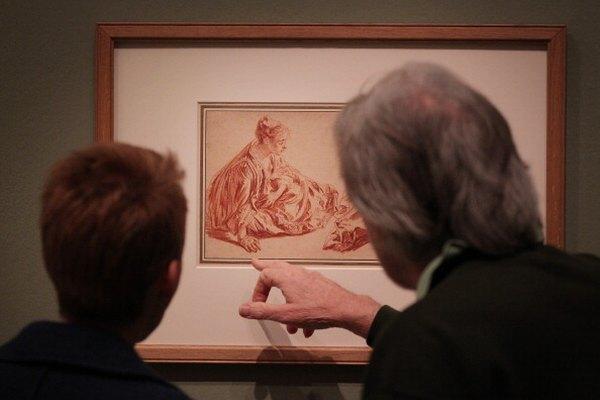 El artista francés Jean-Anotine Watteau usó línea, tono y contorno para crear composiciones balanceadas.