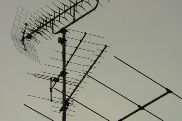 Los decibeles miden señales, como ondas de radio y sonidos.