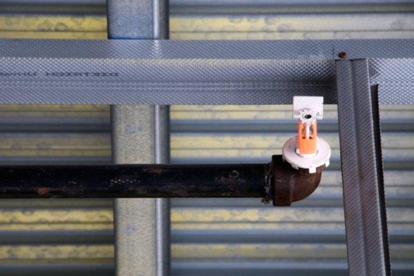 Los tubos de acero se expanden cuando la temperatura aumenta.