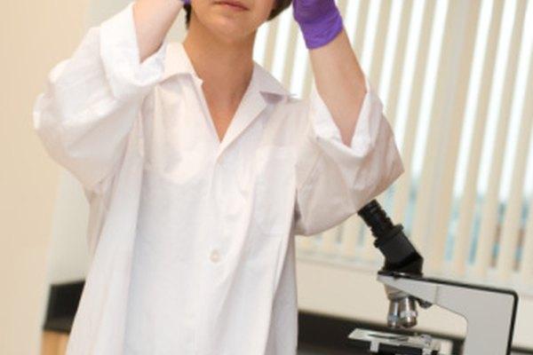 El método científico confía en la observaciones de los científicos.