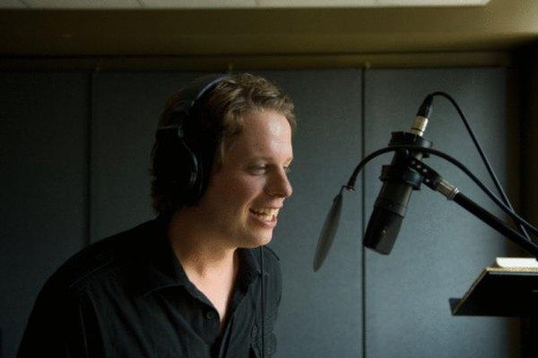 Los mejores y más costosos micrófonos se usan actualmente en los estudios de grabación.