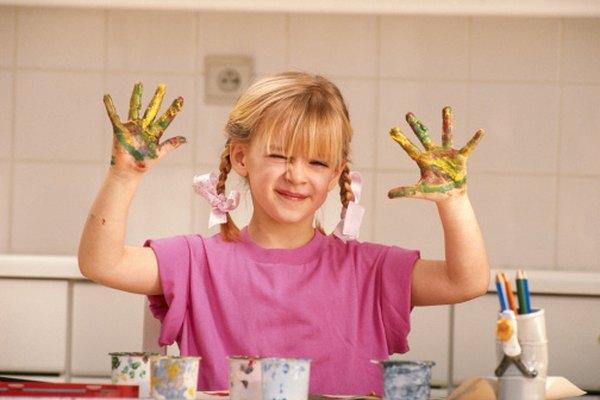 Mezclar pintura puede revelar un arco iris.