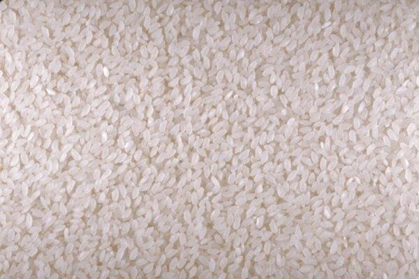La pasta de arroz es un adhesivo eficaz para varias telas.