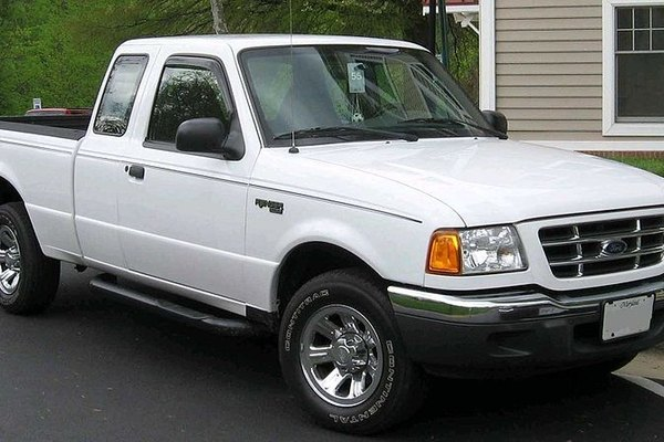 How To Change The Fuel Filter On A Ford Ranger It Still Runsrhitstillruns: 1994 Toyota Pickup Fuel Filter Location At Gmaili.net
